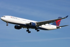 n821nw-delta-air-lines-airbus-a330-323