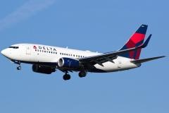 n309de Delta Air Lines Boeing 737-732wl