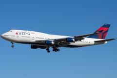 n670us-delta-air-lines-boeing-747-451