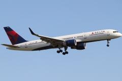 n721tw Delta Air Lines Boeing 757-231wl