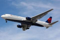 n121Delta Air Lines Boeing 767-332