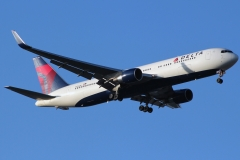 n174dn Delta Air Lines Boeing 767-332erwl