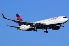 n179dn Delta Air Lines Boeing 767-332erwl