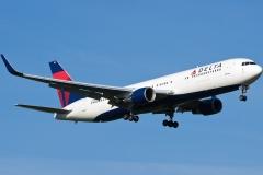n194dn Delta Air Lines Boeing 767-332erwl