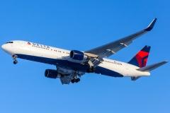 n198dn Delta Air Lines Boeing 767-300er