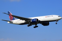 n705dn Delta Air Lines Boeing-777-232
