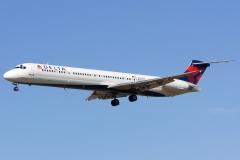 Delta Air Lines McDonnell Douglas MD-88 reg.n922dl