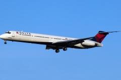 n958dl Delta Air Lines McDonnell Douglas MD-88
