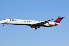n909da Delta Air Lines McDonnell Douglas MD-90-30