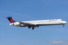 n929dn Delta Air Lines McDonnell Douglas MD-90-30