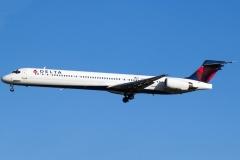 n939dn Delta Air Lines McDonnell Douglas MD-90-30