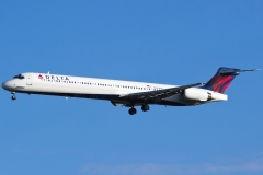 n946dn Delta Air Lines McDonnell Douglas MD-90-30