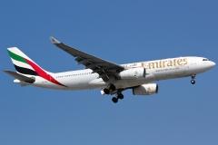 a6-eam-emirates-airbus-a330-243