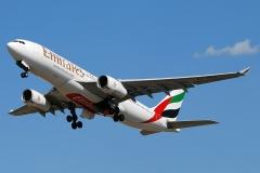 a6-ekr-emirates-airbus-a330-243