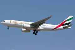 a6-ekv-emirates-airbus-a330-243