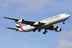a6-err-emirates-airbus-a340-313