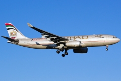 a6-eys-etihad-airways-airbus-a330-243