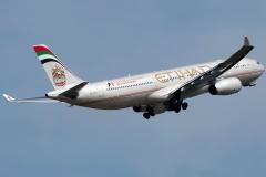 a6-afc-etihad-airways-airbus-a330-343