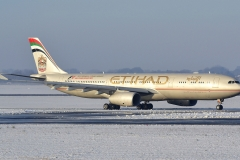 a6-aff-etihad-airways-airbus-a330-3