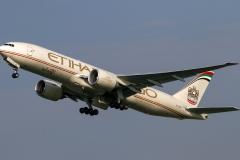 a6-ddb-etihad-airways-boeing-777-f
