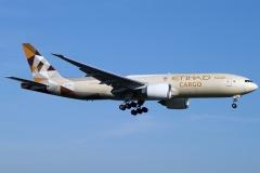a6-dde-etihad-airways-boeing-777-ffx