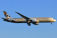 a6-blf-etihad-airways-boeing-787-9-