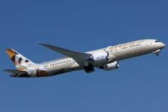 a6-blf-etihad-airways-boeing-787-9-dreamliner-