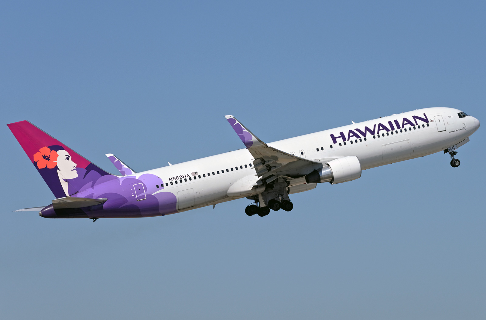 Boeing 767 300 Hawaiian Airlines Photos And Description