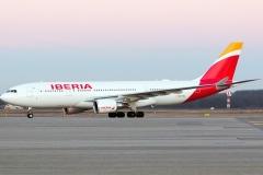 ec-mil-iberia-airbus-a330-200