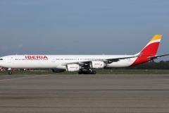 ec-izx-iberia-airbus-a340-642