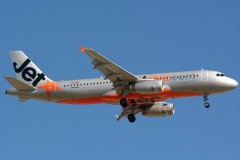vh-vgi-jetstar-airways-airbus-a320-232