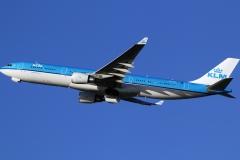 ph-akf-klm-royal-dutch-airlines-airbus-a330-300