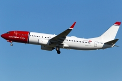 ei-fjm-norwegian-air-international-boeing-737-8jpwl