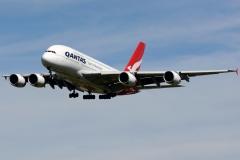 vh-oqf-qantas-airbus-a380-842