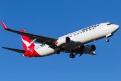 vh-vxs-qantas-boeing-737-838wl