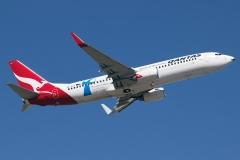 vh-vzo-qantas-boeing-737-838wl