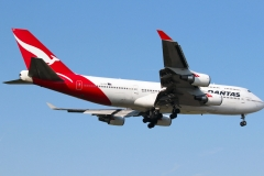vh-oee-qantas-boeing-747-438
