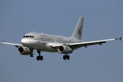 a7-cja-qatar-airways-airbus-a319-133lr