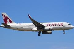 a7-ahw-qatar-airways-airbus-a320-232wl