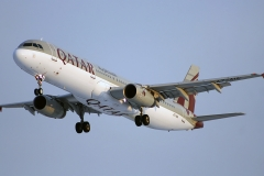 a7-aia-qatar-airways-airbus-a321-200
