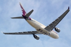 a7-aca-qatar-airways-airbus-a330-202