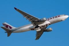 a7-acl-qatar-airways-airbus-a330-202