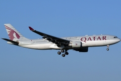 a7-afl-qatar-airways-airbus-a330-202