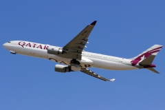 a7-aeg-qatar-airways-airbus-a330-302