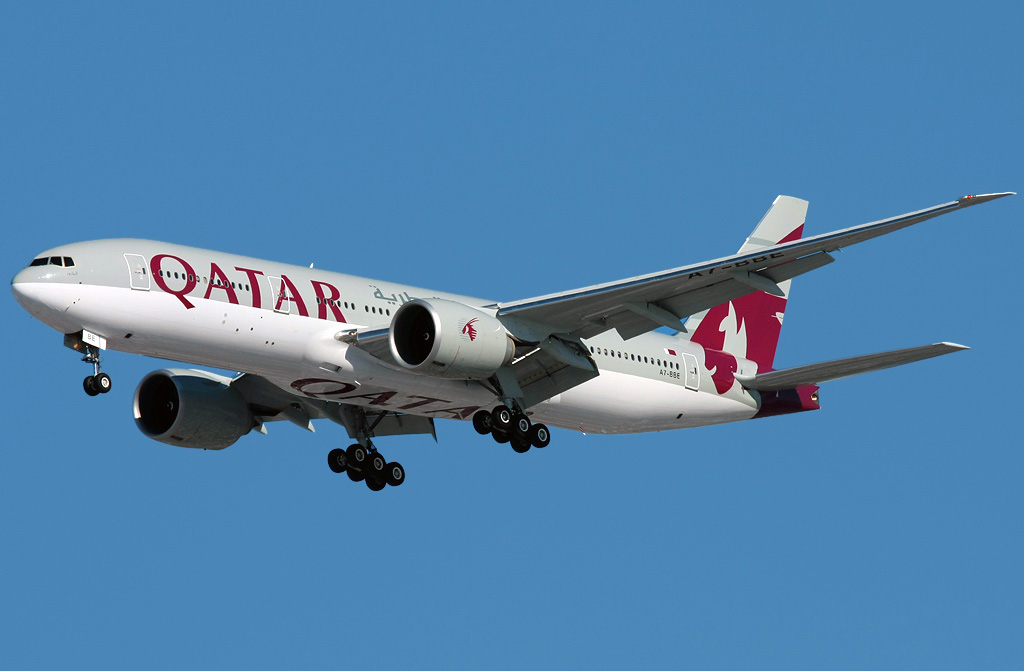 Boeing 777 200 Qatar Airways Photos And Description Of