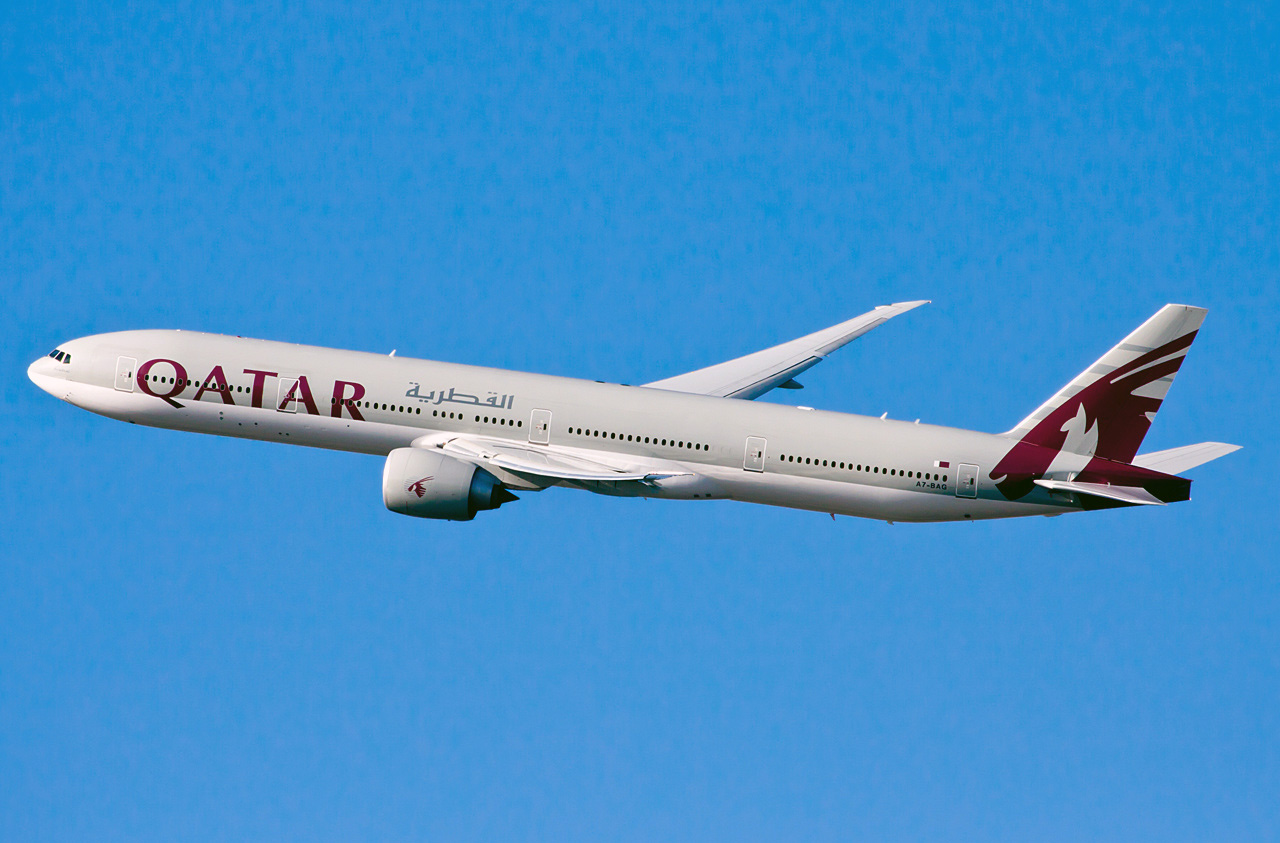 Boeing 777-300 Qatar Airways. Photos and description of the plane