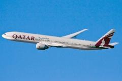 a7-bag-qatar-airways-boeing-777-3dzer