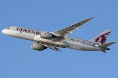 a7-bcd-qatar-airways-boeing-787-8-dreamliner