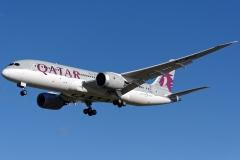 a7-bcf-qatar-airways-boeing-787-8-dreamliner