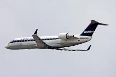 n588sw-skywest-airlines-bombardier-crj-100er